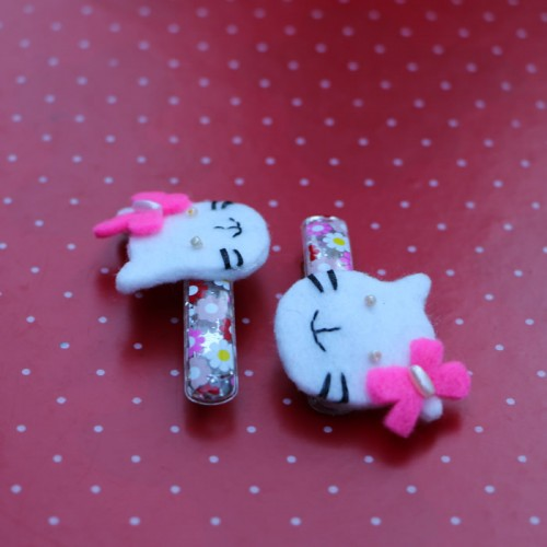 Hello Kitty hair pin