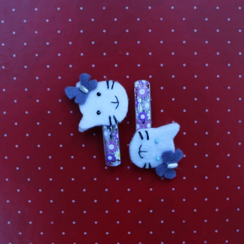 Lilac hello kitty felt hair pins